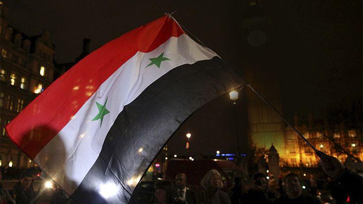 """""""El resultado de la guerra en Siria determinará todo el sistema internacional del siglo XXI"""" - RT"""