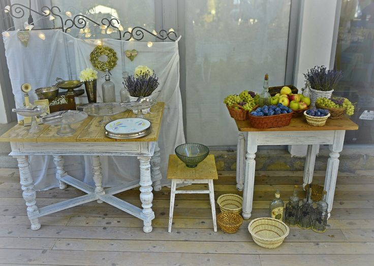 vintage wedding decor, antique tables, cake platters, vintage balls, fruit daskets by VintageChics www.facebook.com/vintagechics