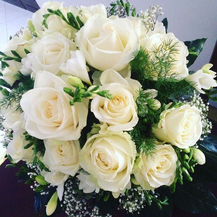 I need a bigger vase!  #birthday #roses #love  #happybirthday #flowers #itmustbelove # #171 #onlywhite #onlyyou #happy #amore