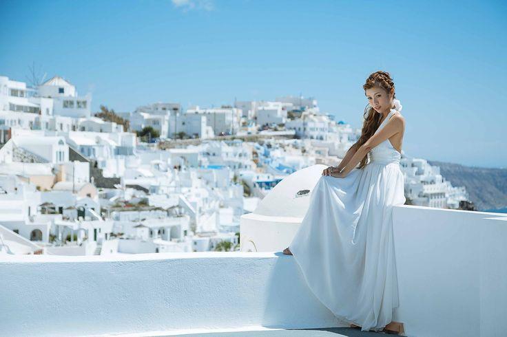Sunrise | Cheesie's Pre-Wedding Photo Session in Santorini with Sunrise Greece