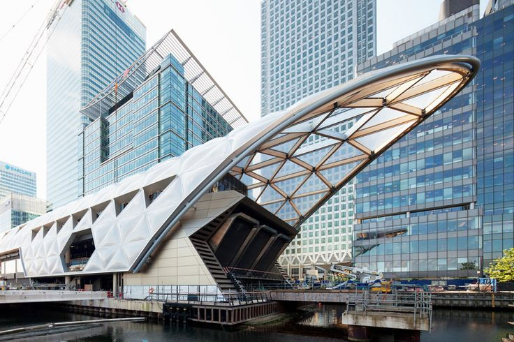 latticed roof complete at foster + partners' crossrail station