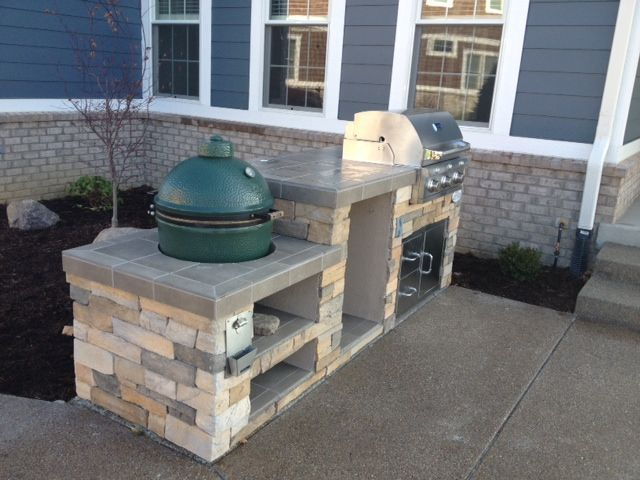 Outdoor kitche layout with big green egg design bge for Outdoor kitchen smoker plans