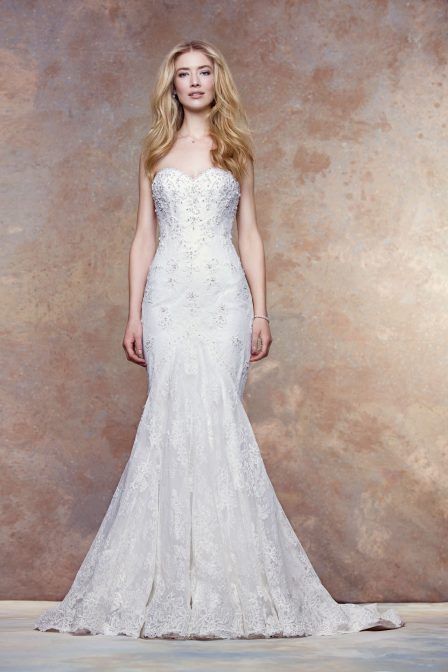 Delicately Re Embroidered Lace Sweetheart Neckline With Jewel Encrusted Fl Liques Covered Ons Down To The Train And Full Scalloped Hem
