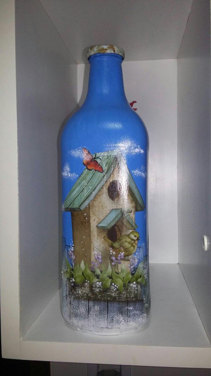 Decoupage e pintura em garrafas. Nosleide.