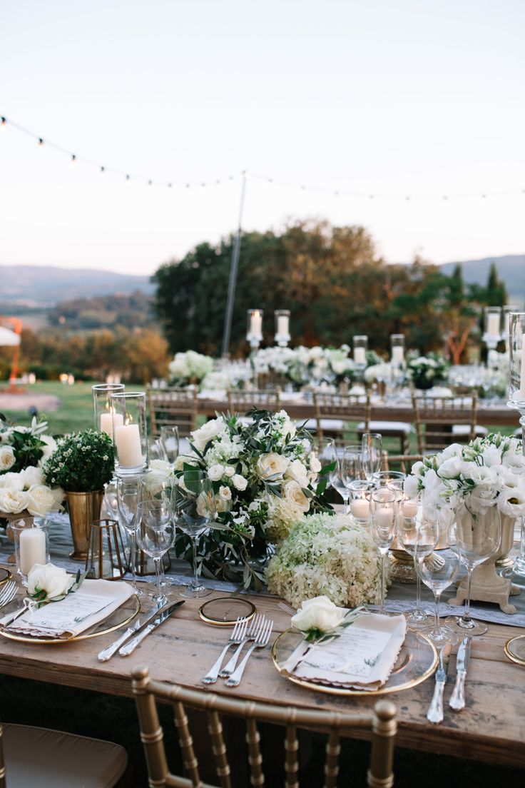 Photography : Stefano Santucci Read More on SMP: http://www.stylemepretty.com/destination-weddings/italy-weddings/2016/01/26/classic-romantic-destination-wedding-in-tuscany/