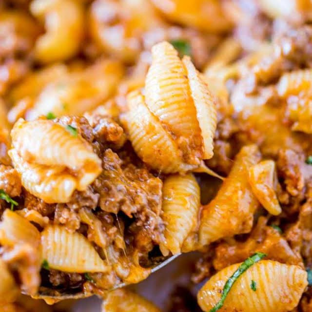 Cheesy Taco Pasta With Pasta Ground Beef Taco Seasoning Water Salsa Shredded Cheddar Cheese Taco Pasta Recipes Taco Pasta Pasta Recipes