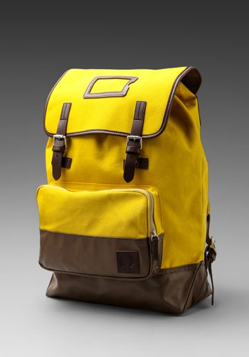 FRED PERRY Cotton Rucksack in Amarillo