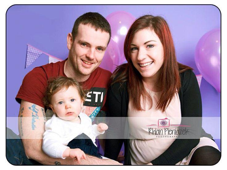 Families. Baby girl. Rhian Pieniazek Photography.