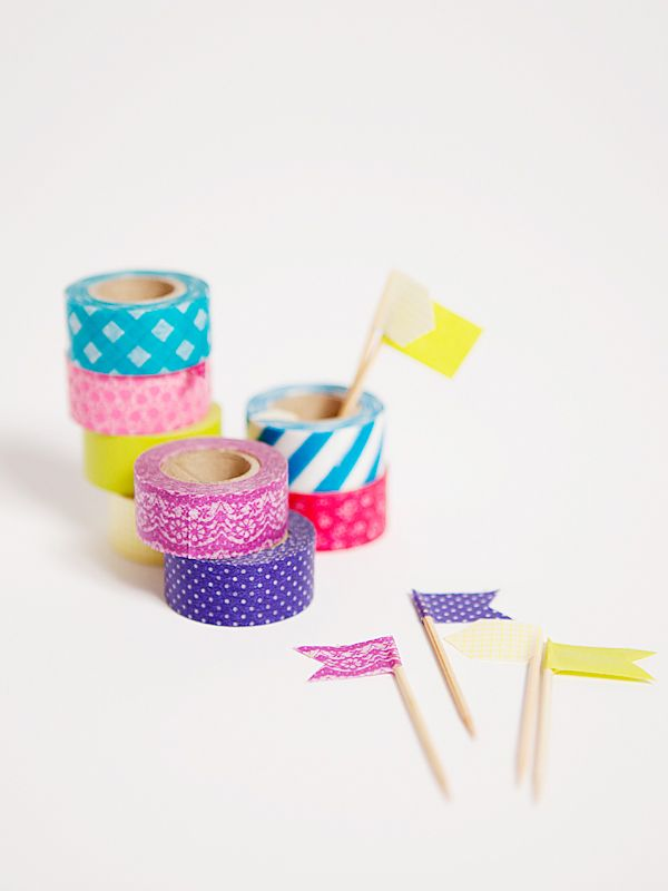 Put a flag on it! A simple, inexpensive washi tape #diy.
