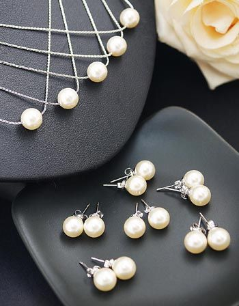 Swarovski Pearls Bridesmaid Jewelry Set from EarringsNation Bridesmaid gift Pearl Studs