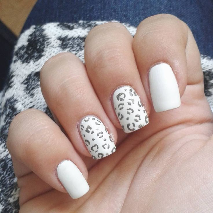 Domi Králiková (@domi_nailart) White is always a good choice💅 #whitenails #gepardnails #greynails #mattetopcoat #mattenails #matte #follow #whitenails #avon #pinit #followmenow