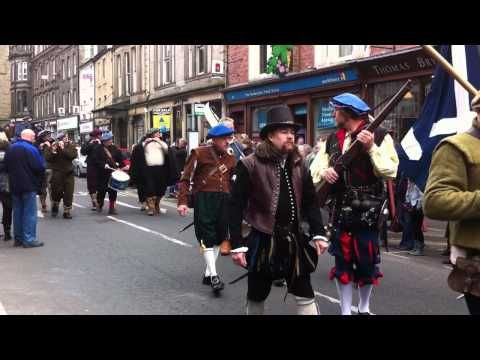 Hawick Reivers Festival Procession - YouTube