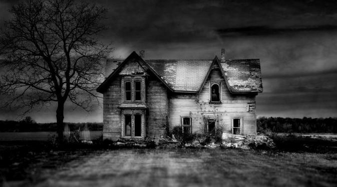 Kalau Takut Jangan Dibaca, Ini 5 Tanda Rumah Berhantu, Spesial Artikel Bulan Suro!