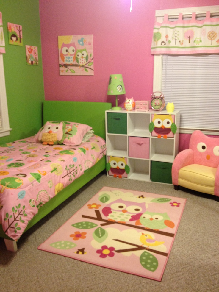 Green and pink owl room love this theme and color for for Children bedroom designs girls