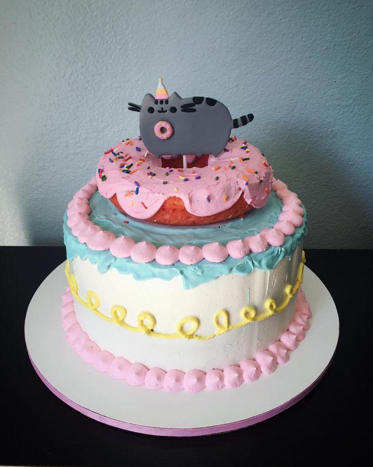 "60 Likes, 5 Comments - @marthas_cupcakes on Instagram: ""Pusheen Donut Cake for my princess!! #pusheencake #pusheenparty #pusheencat #pusheencaketopper…"""