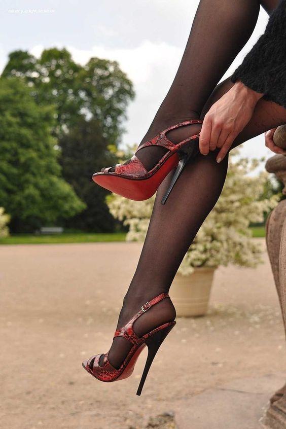 Red high heels & black pantyhose