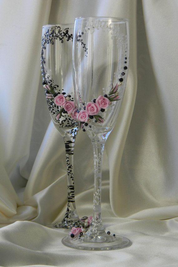 Black & White Wedding occhiali, sposa Champagne Glasses, personalizzati occhiali, nozze tostatura flauti, sposa sposo, Mr Mrs, flauti di nozze