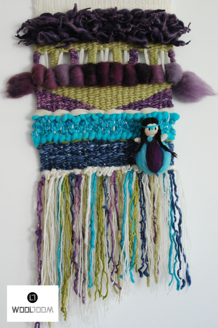Original concept of WooL LooM: weaving with removable Mapuche Fairy - Concepto original de WooL LooM: telares con Hada Mapuche extraíble - Hand woven wall hanging // weaving // telar decorativo made by WooL LooM