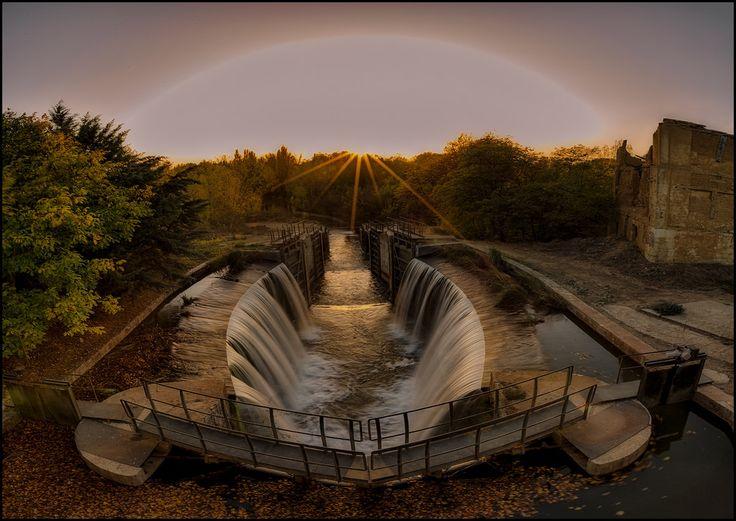 HALO SOLAR . (CANAL DE CASTILLA) by TOYOGRACOR
