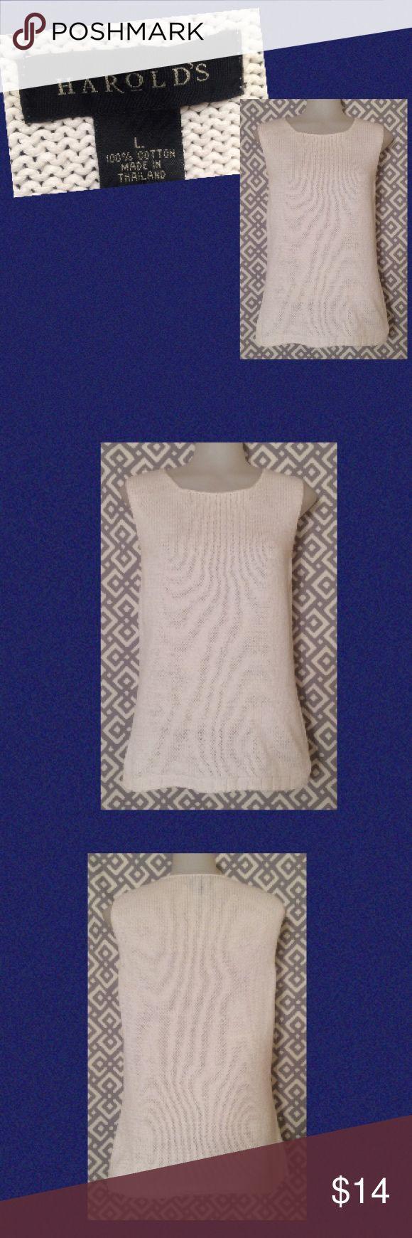 Harold's, L sleeveless sweater - white White sleeveless sweater top Harold's Sweaters