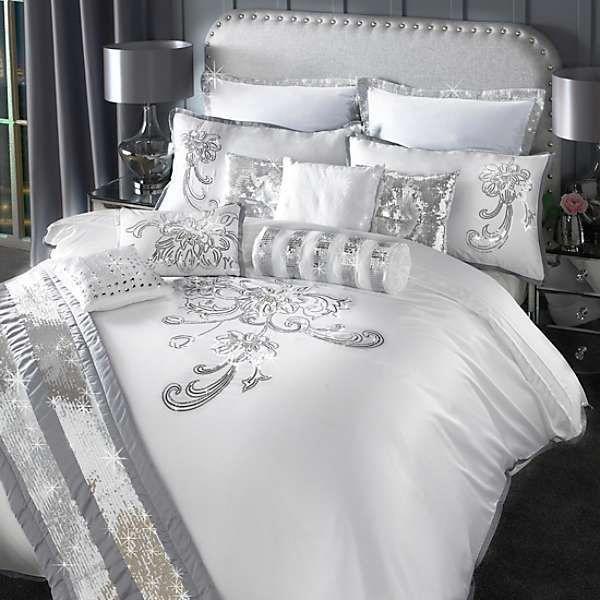 Second Hand Bed Sheets For Sale Cheapbeddingforcollege Favouritebedroomideas Ropa De Cama Elegante Disenos De Muebles De Dormitorio Decoracion De Alcoba