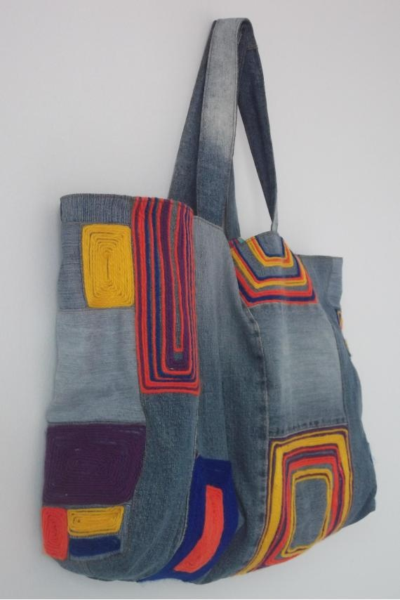 Bolsa Jeans Artesanal - R$80.00. Pinned for love...could never recreate this.