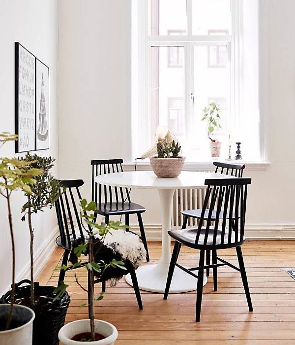 Windsor Chair With Tulip Table Black Dining Chairs