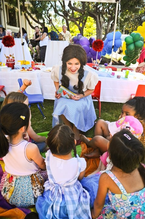 Looking for kids' party venues for hire? Take a look at our directory of children's birthday party venues throughout Melbourne.