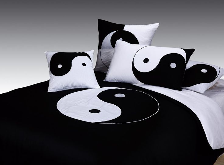 Yin and yang bedding set bedroom theme pinterest for Decoration murale yin yang