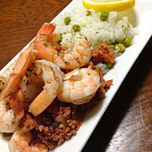 すみません、見栄はってエビをたくさん乗せました - 241件のもぐもぐ - Cajun Shrimp & Meat W/ Pea rice. ケイジャン シュリンプ&ミート、豆ご飯と by yokko0605