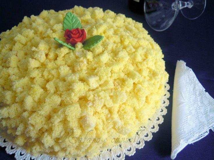 Torta mimosa: ogni occasione è buona per preparare un buon dolce, anche solo per concedersi una coccola con i propri cari. Un morbido pan di Spagna...