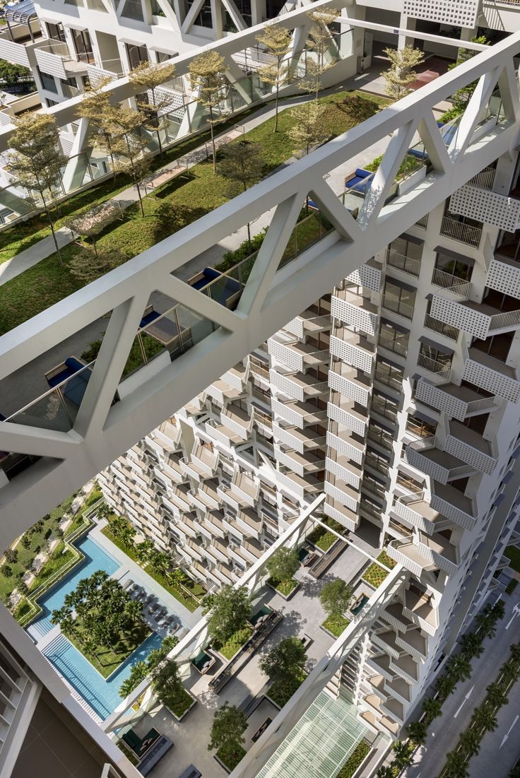 Sky Habitat Singapore ... Architect: Moshe Safdie | Location: Bishan, Singapore | Photographs: Edward Hendricks