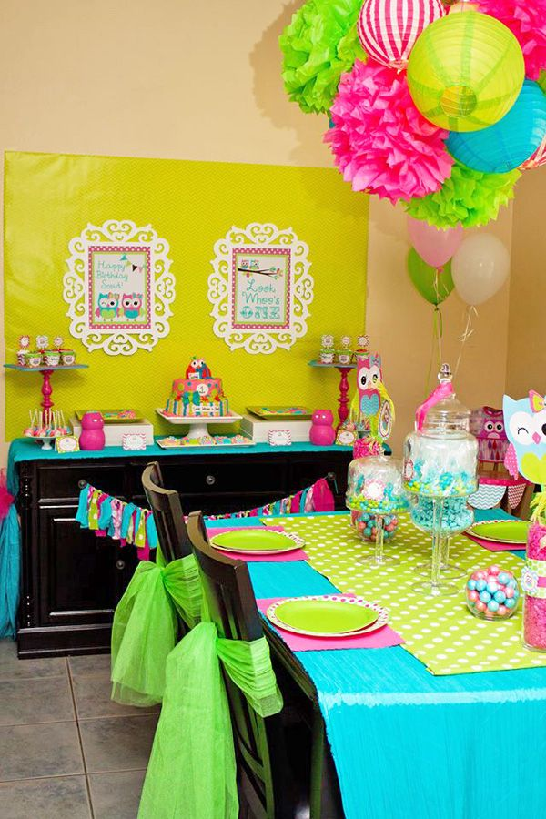 Love the color combinations and the use of paper for easy disposable decorations. Owl Birthday Party - Owl Party