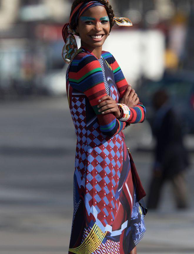 Tendances mode printemps été 2017 robe Versace pull carré Hermès