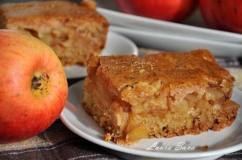 Prajitura turnata de post cu mere | Retete culinare cu Laura Sava - Cele mai bune retete pentru intreaga familie