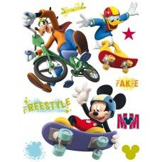 Mickey egér, Donald kacsa, Goffy falmatrica