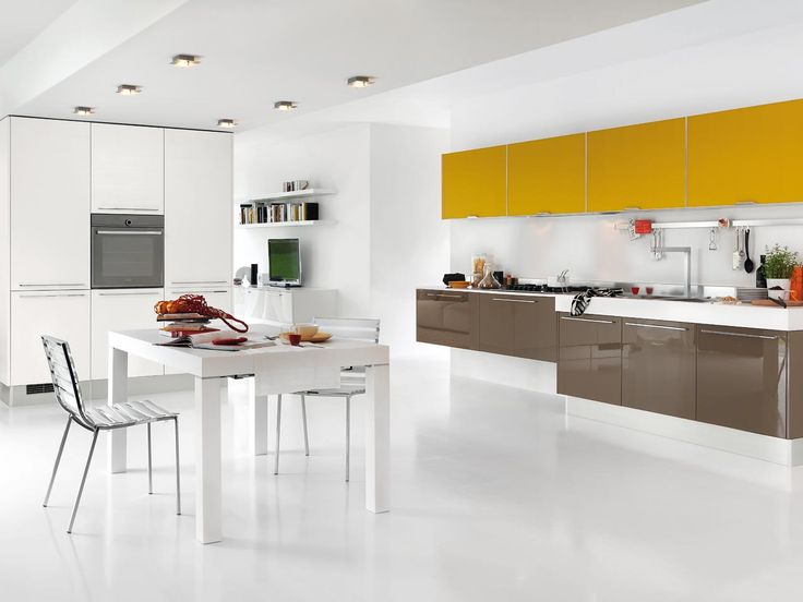 Braune Küche von Cucine Lube / brown kitchen by Cucine Lube