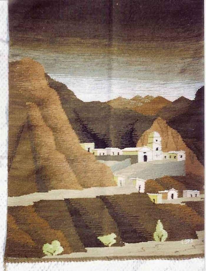 16 de Julio de 2007  tapices hechos a mano en telares artesanales,piezas unicas ,hechas con lana de oveja y de llama,los colores son sacados de las semillas,flores y frutos del lugar,los paisajes representan lugares reales,y los simbolos rupestres tienen un profundo significado y tradicion