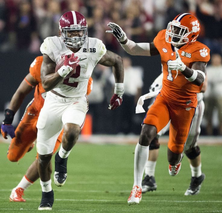 Alabama running back Derrick Henry (2) outruns Clemson defensive back Jayron Kearse (1) for a touchdown during Alabama's College Football Playoff National Championship football game with Clemson, Monday, Jan. 11, 2016, at University of Phoenix Stadium in Glendale, Ariz.