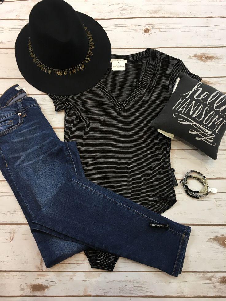 A cute casual Sunday outfit!! #apricotlanereno