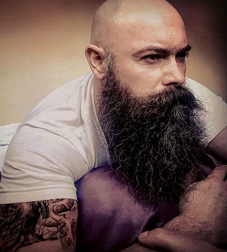 989 best chauve barbu images on pinterest beards whoville hair and bald men. Black Bedroom Furniture Sets. Home Design Ideas