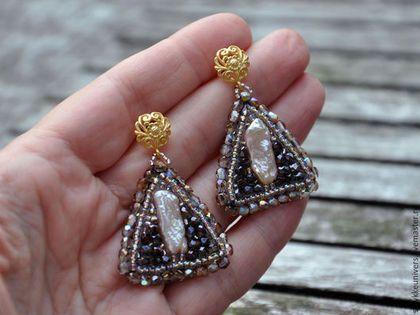 Купить Треугольные серьги Черный диамант - серебряные серьги, серый, серьги гвоздики, треугольник