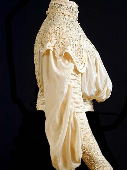 1905 silk dress -side corsage