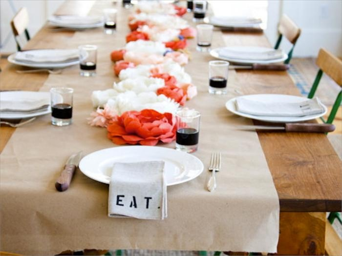 Simple Elegant Table Setting Centerpieces Pinterest Runners And Industrial