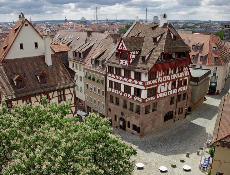Ha jó áron és biztonságosan szeretne Németországba utazni, keressen minket!   http://www.budapest-nurnberg.hu/