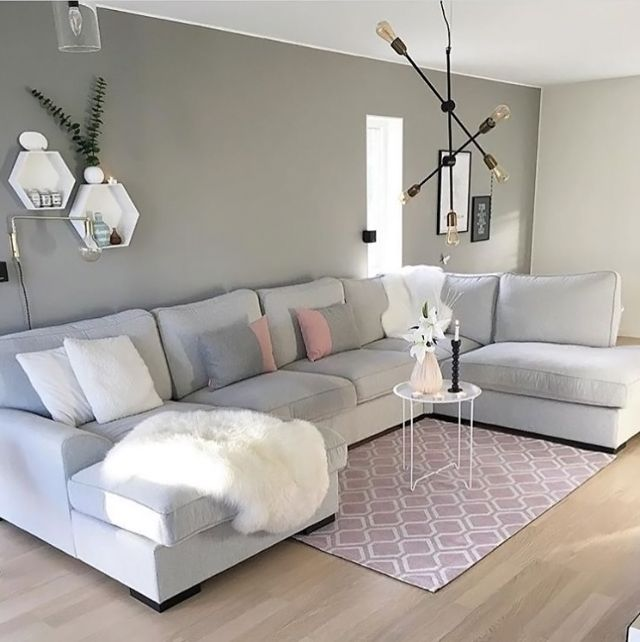 A grey and pink living room by @mittpallas ♡