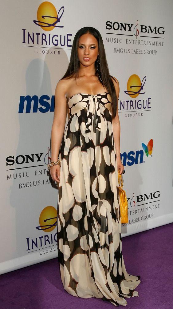 Alicia Keys In Sheer Stella McCartney Dress At 2012 MTV Europe Music Awards: Yea Or Nay? (PHOTOS)