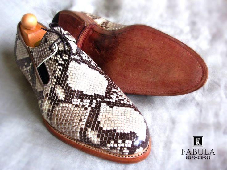 Fabula Bespoke Shoes. Unique handmade, bespoke men's shoes. Modell: Phyton.