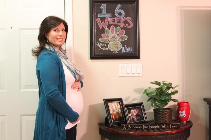 16 week pregnancy chalkboard | Walker kids