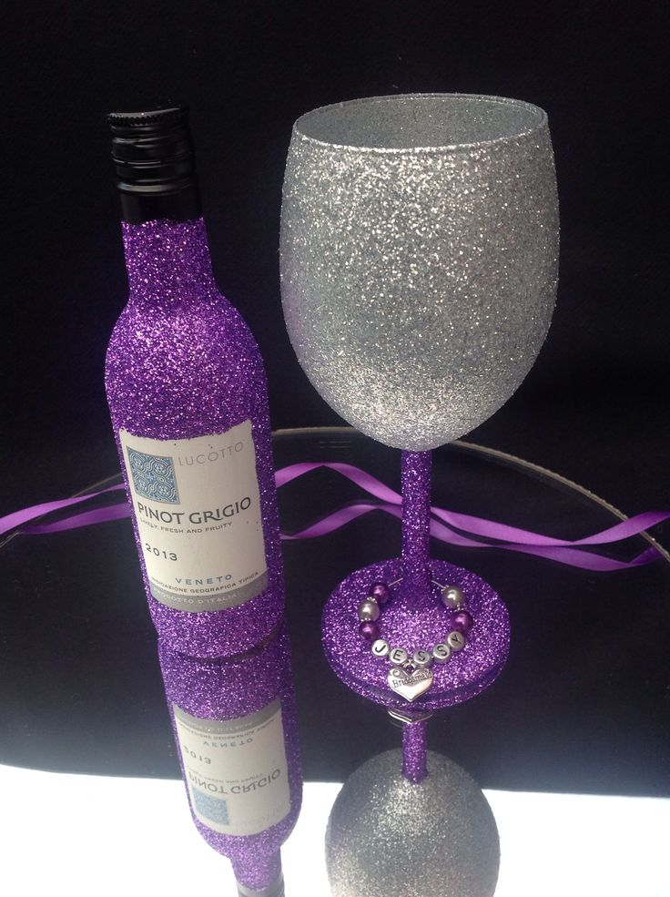 Small bottle of wine and glass £10.99. Can make in different colours.